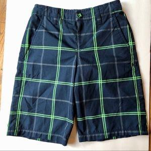 Under Armour > Boys Heat Gear Navy Shorts > M
